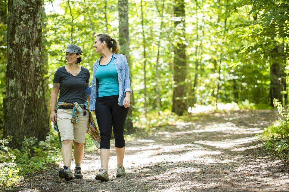 two women hiking in the Catskills