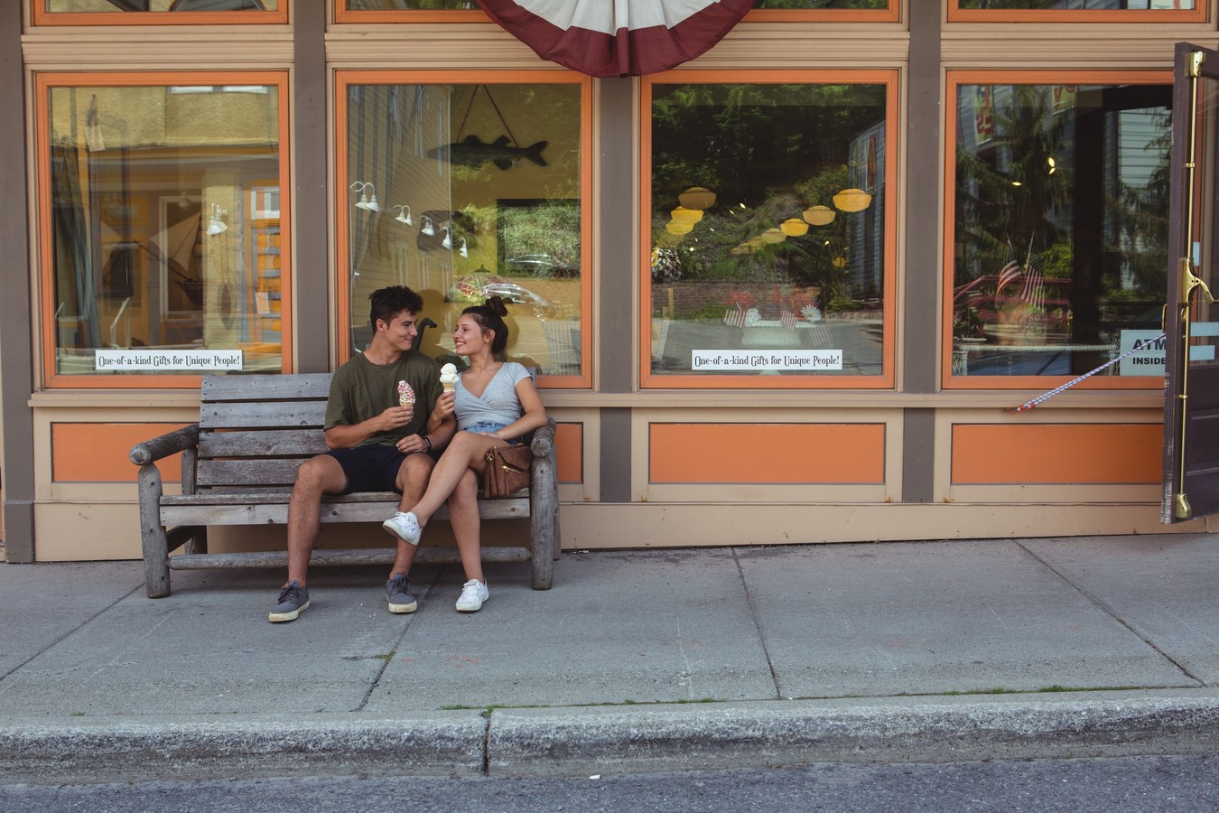couple eating ice cream together in the Catskills