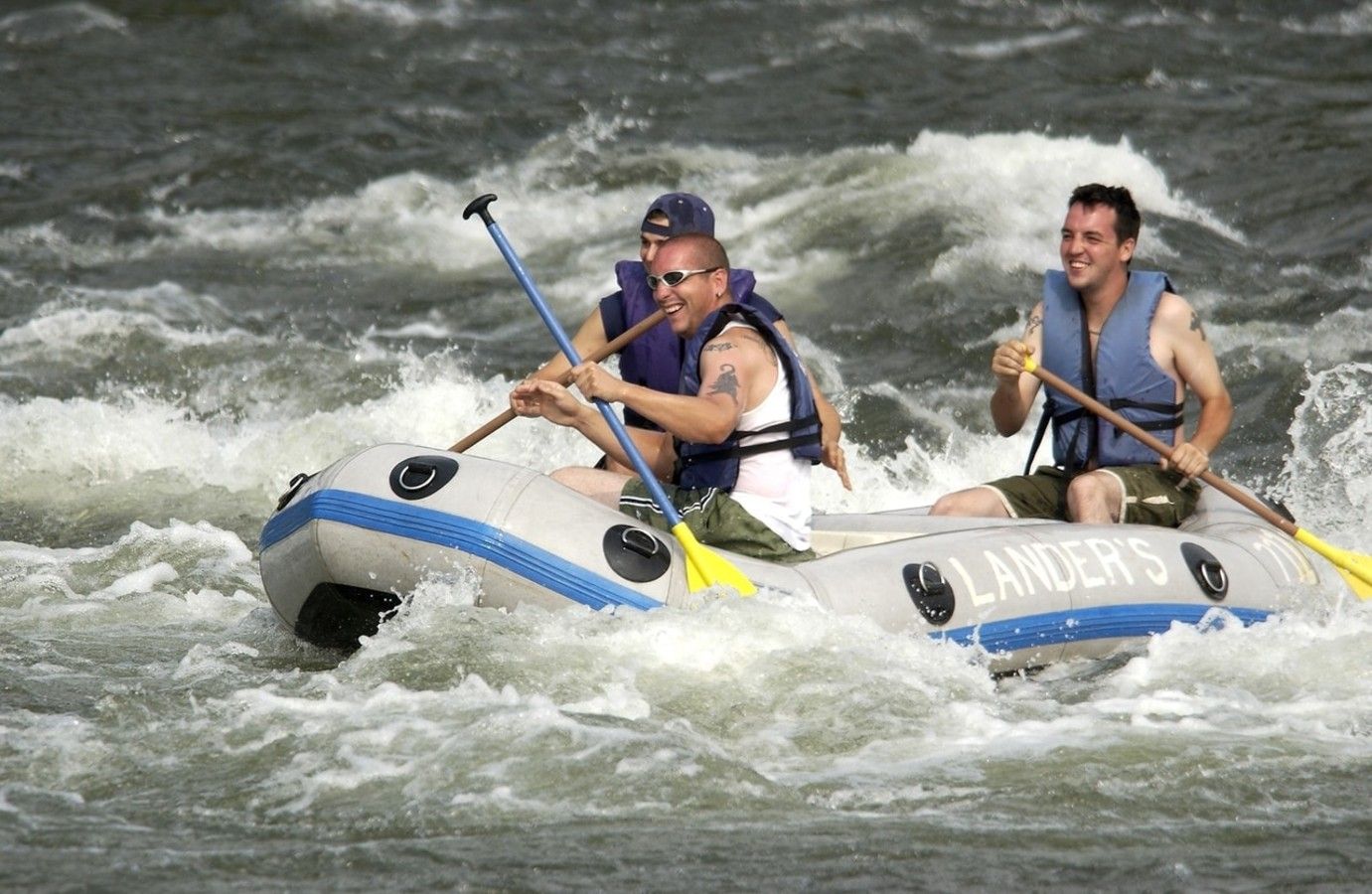 3 whitewater rafters